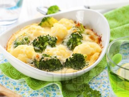 Огретен от броколи и карфиол (вегетарианска запеканка) с прясно мляко, яйца и кашкавал на фурна - снимка на рецептата